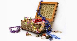 Top-10-Most-Wished-Jewelry-Chests