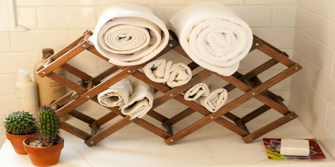 "10 ""Top Rated"" Bathroom Trays, Holders, & Organizers"