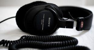 Top 10 Best Sellers in Over-Ear Headphones