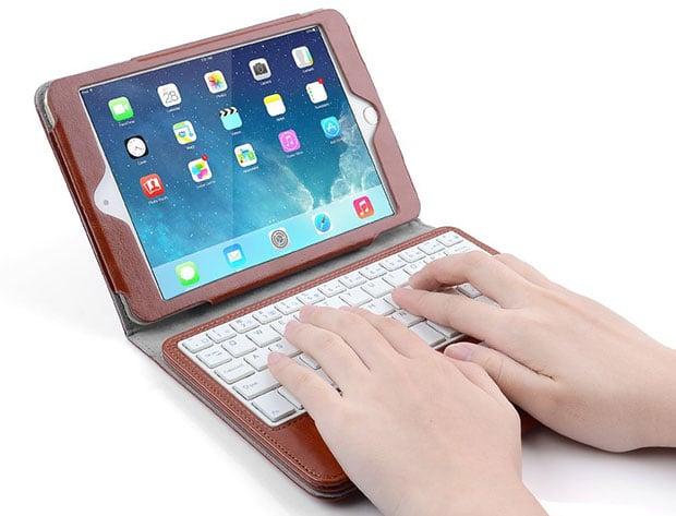 iPad-Bluetooth-Keyboard-Case