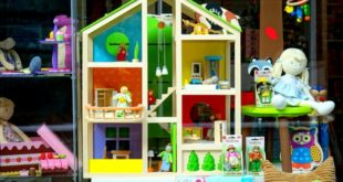 Top 10 Most Wished Dollhouses